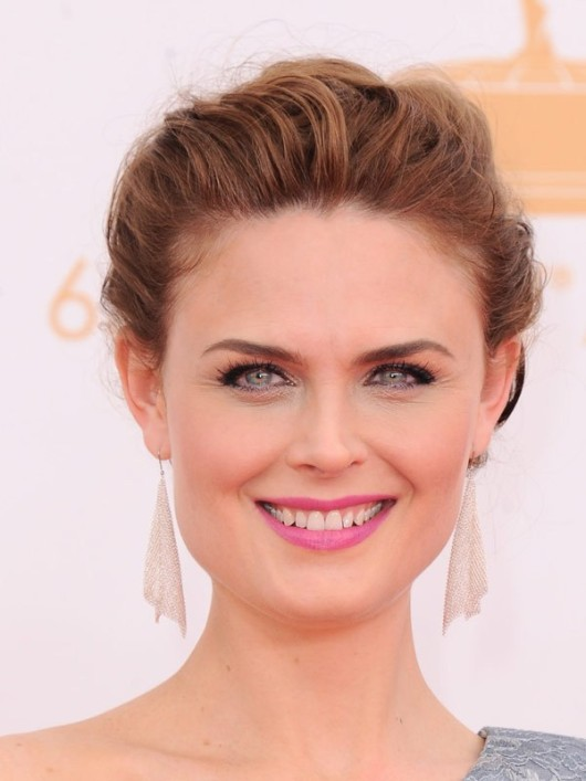 Emmy 2013 Emily Deschanel