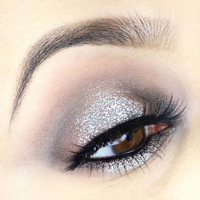 Silver Glitter Halo Eye