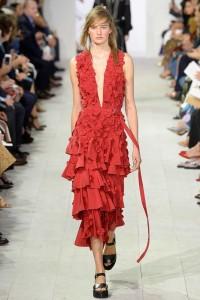 Spring 2016 fashion trends ruffles