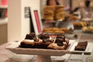 Week 2 Recap Burlington Tree Lighting Kelly's Bake Shoppe Brownies